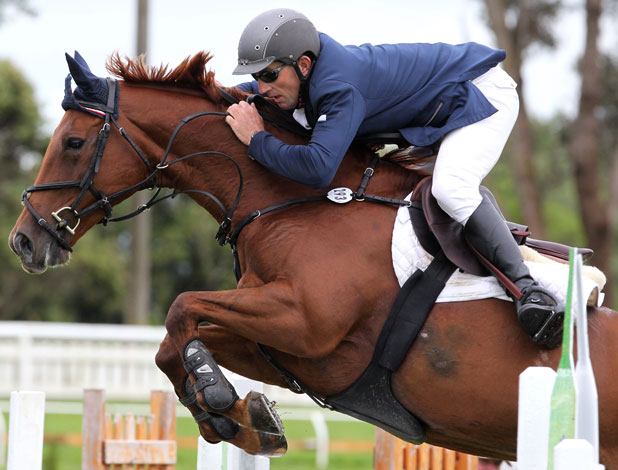 WORKING COMBO: Bernard Denton rides Suzuki in the New Zealand Show Jumping Series in 2011.