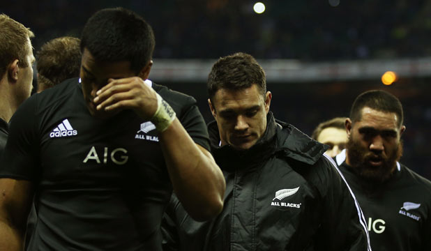 Julian Savea and Dan Carter