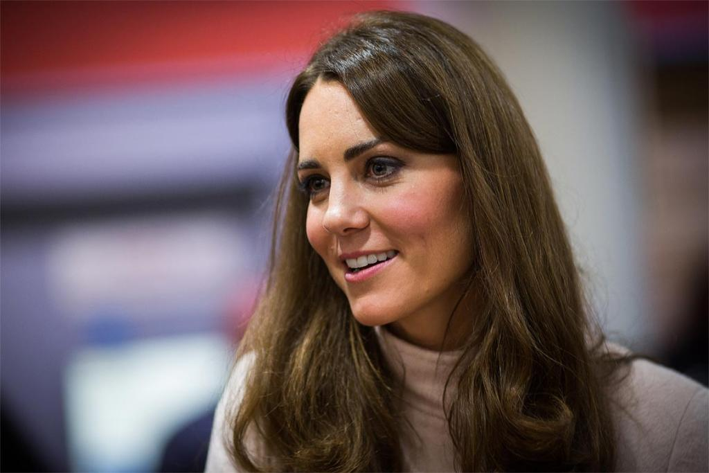 Kate Middleton visits 'Jimmy's', a night shelter in Cambridge, with Prince William.