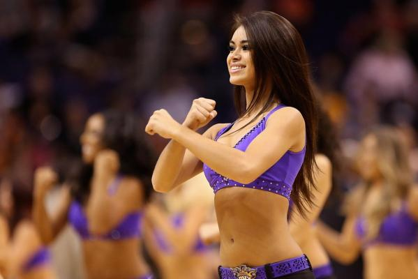 Suns cheerleader