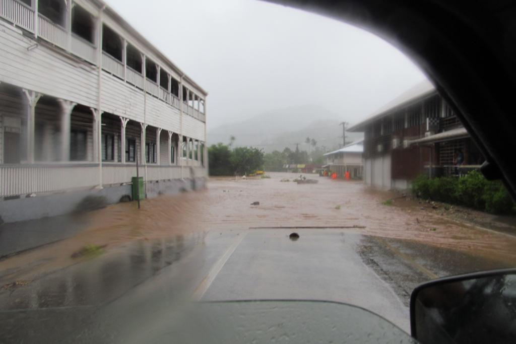 Flooding in downtown Apia from Cyclone Evan.