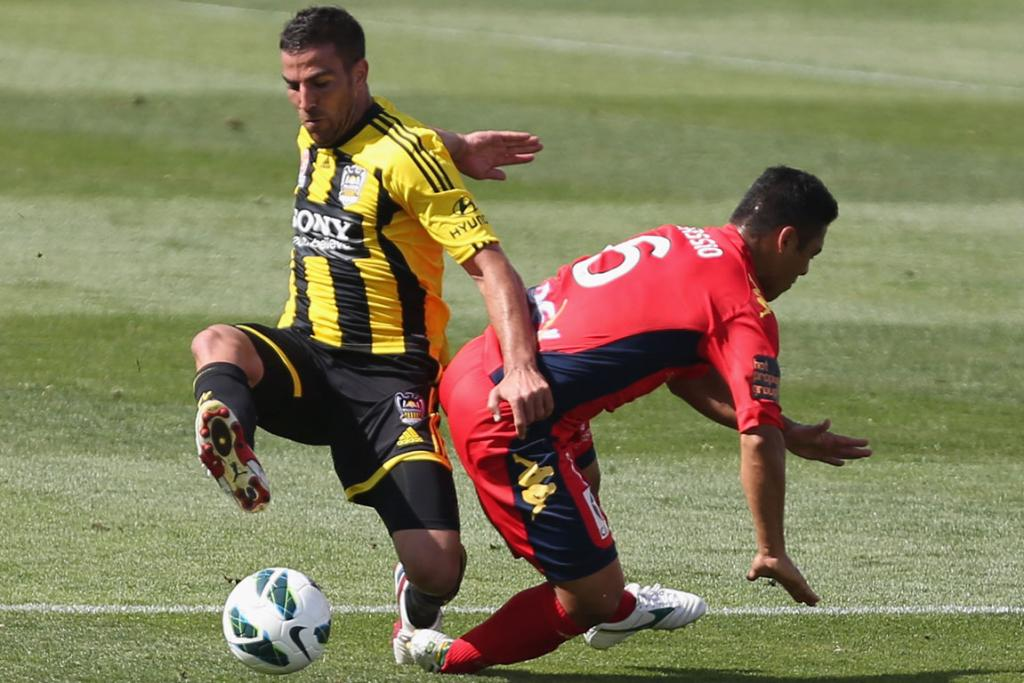 Manny Muscat challenges Cassio of Adelaide.