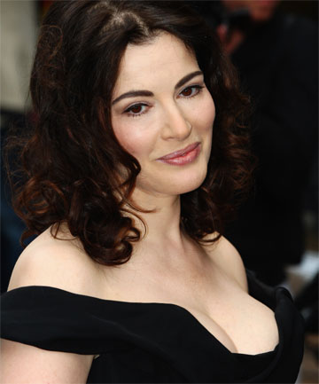 SENDING HEARTS A RACING: Nigella Lawson's recipes.
