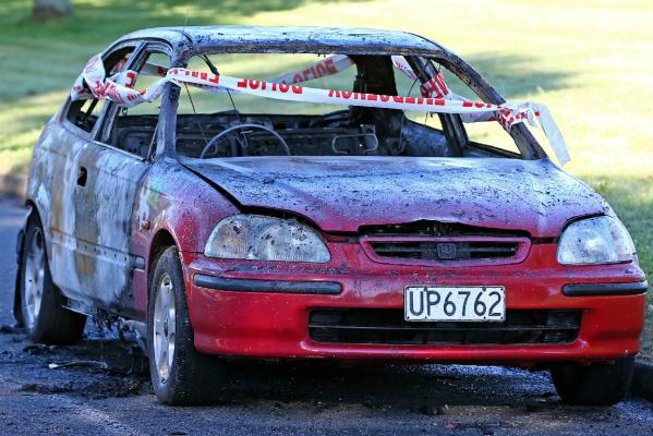 Upper Hutt burnt out car