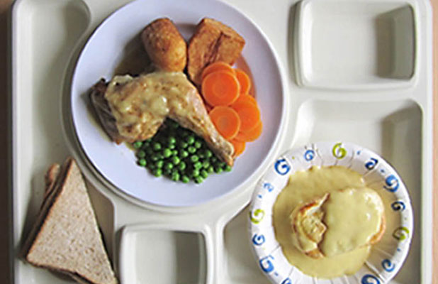 Christmas dinner in prisons across New Zealand this year will be roast chicken and vegetables with apple pie and custard to follow.
