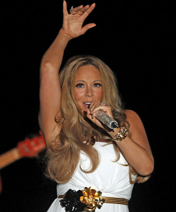 "BUM NOTE: Mariah Carey's concert in Sydney last night was mostly ""dated, shallow and unsatisfying"", the reviewer says."