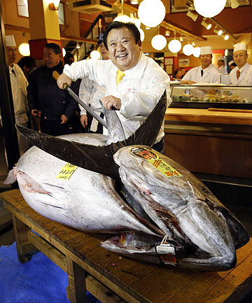 PRIZE DISH: Kiyomura Co president Kiyoshi Kimura, who runs a chain of sushi restaurants, with the $2 million bluefin tuna.