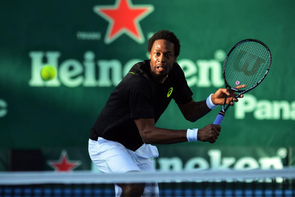Gael Monfils entertained the fans during his win in three sets over Benjamin Becker.