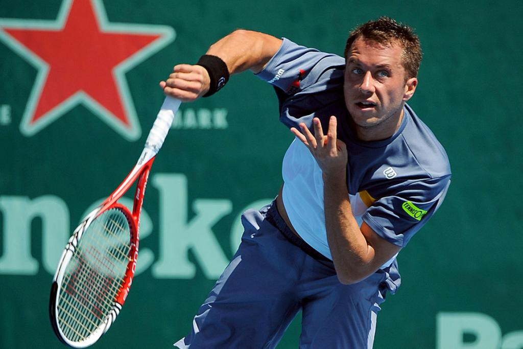 Philipp Kohlschreiber on his way to victory on day three of the Heineken Open.
