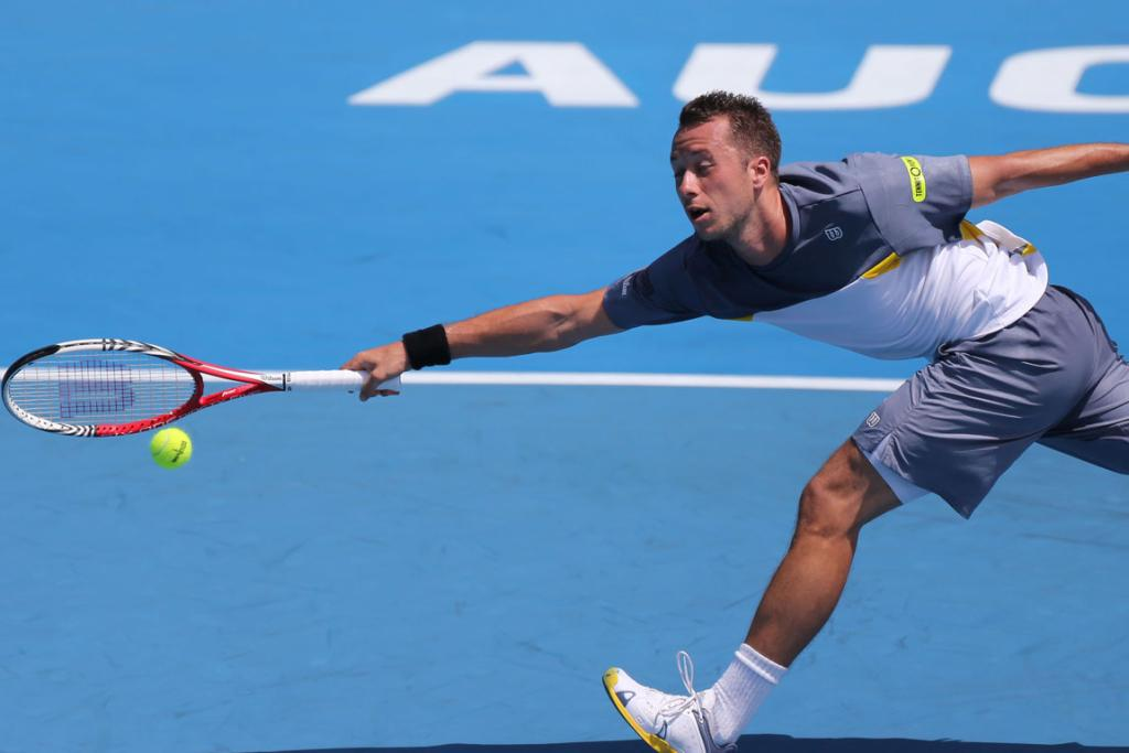 Philipp Kohlschreiber from Gemany on his way to winning the first semi final.