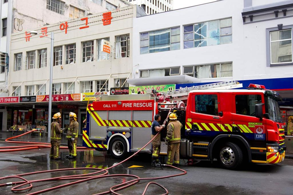 Auckland fire 20 Jan 2013