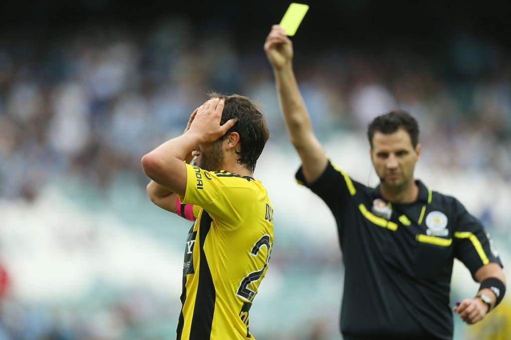 Andrew Durante reacts to conceding a penalty against Sydney FC.
