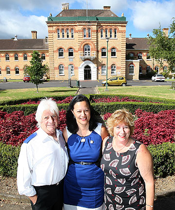 REUNITED: Former nurses L-R: Jim Jacobs, Sue Thomson and Erica Beattie are holding a reunion for Carrington Psychiatric Hospital staff.