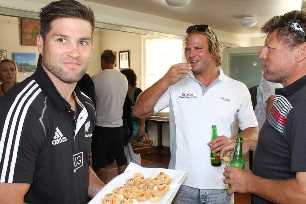 All Blacks host luncheon
