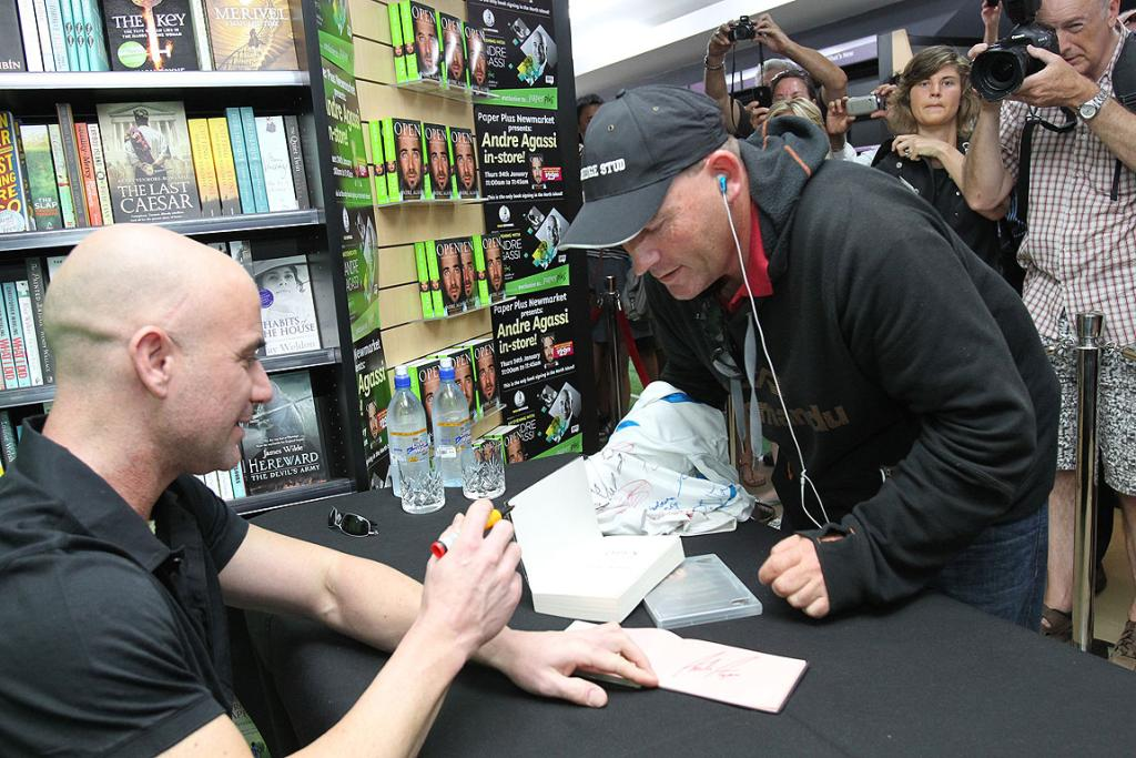 Ben Buist, from Taranaki, waited 12 hours outside Paper Plus in Newmarket to be the first person to meet Andre Agassi.