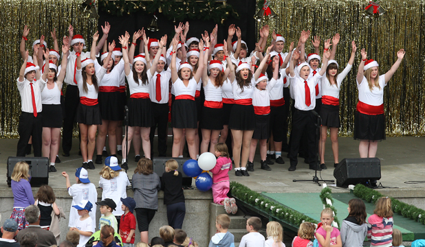FESTIVE TIMES: The Timaru Glee Club performs at last year's Christmas on the Bay.