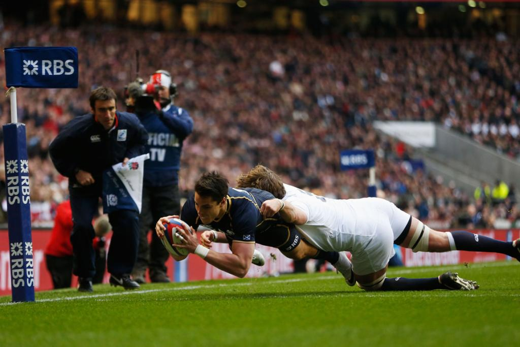 Kiwi Sean Maitland scores the first try of the match as Scotland went down 38-18 to England in their Six Nations opener.