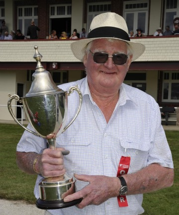 Stan Jones and the Dunedin Cup
