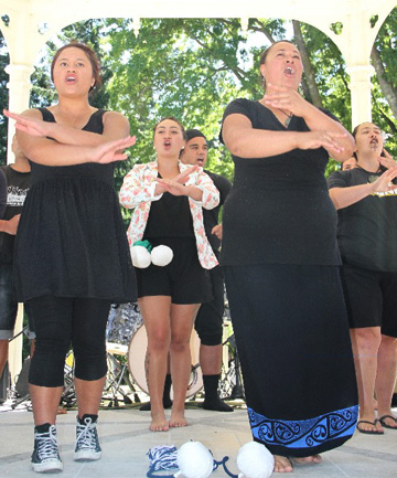 Kiwi Haka group