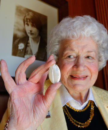 Oroya Day with Mansfield's mother-of-pearl brooch