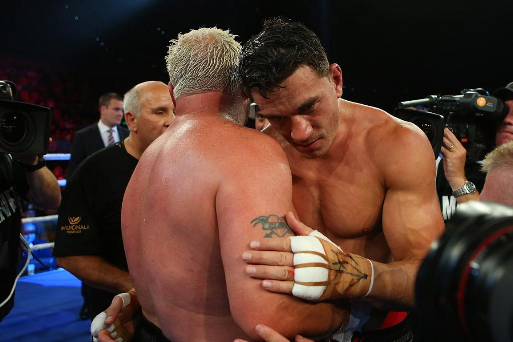 Sonny Bill Williams (right) and Francois Botha embrace after the 10 rounds.