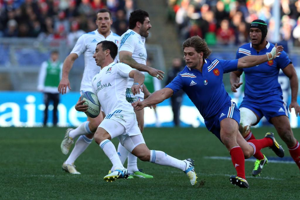 Luciano Orquera of Italy moves away from Dimitri Szarzewski during the Six Nations match between Italy and France.
