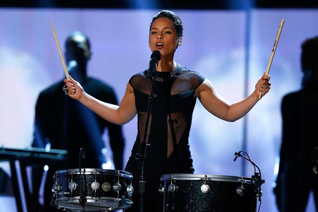 Singer Alicia Keys performs at the 55th annual Grammy Awards.