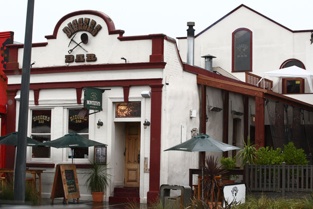 Diggers Bar: Despite a narrow frontage, it can hold 180 people.