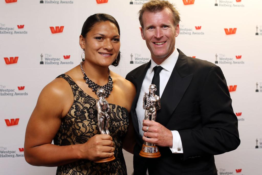 Valerie Adams wins the sportswoman of the year and Mahe Drysdale wins sportsman of the year.