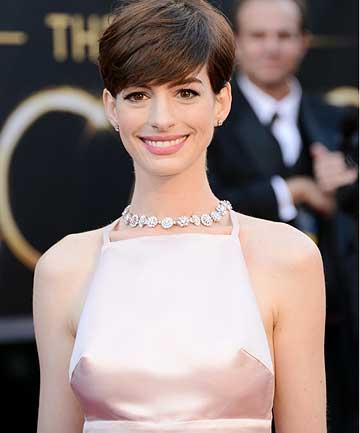 PERKING UP ON THE RED CARPET: Anne Hathaway