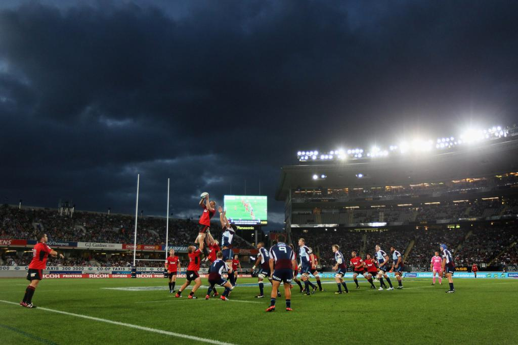 Crusaders win the lineout against the Blues at Eden Park.