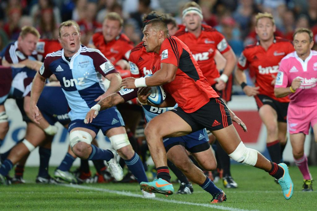 Robbie Fruean on the charge for the Crusaders against the Blues.