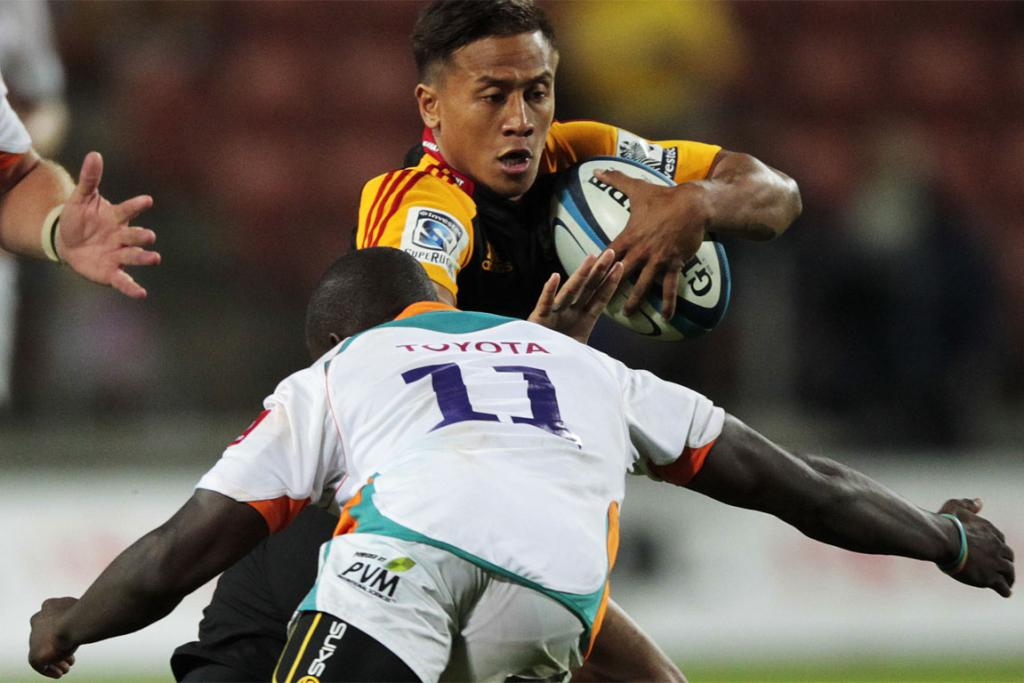 Tim Nanai-Williams tries to evade a tackler.