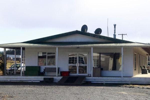 It's believed the victim was staying at the Pukeko & Bull Tavern, pictured.