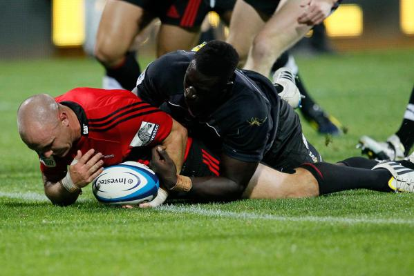 The Crusaders score a try against the Kings