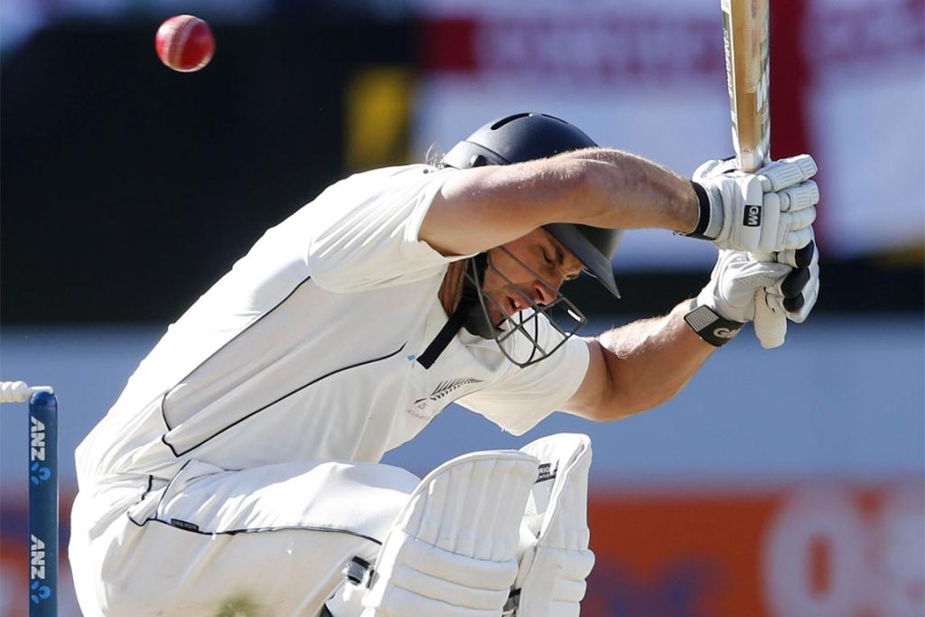 Third test New Zealand v England