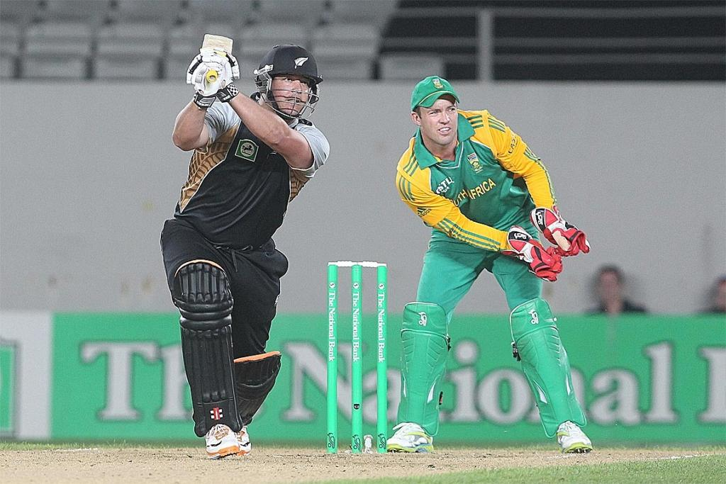 Jesse Ryder hits out at the New Zealand v South Africa third Twenty20 game at Eden Park.