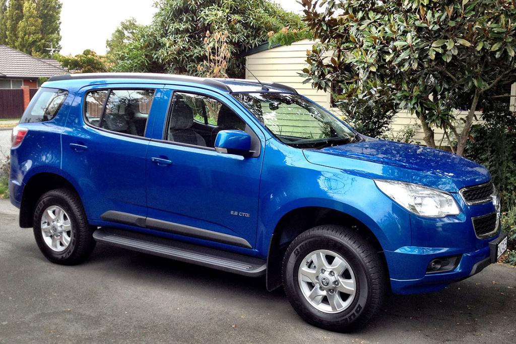 Holden Colorado 7: This kingfisher blue isn't its best colour, but it's a handsome enough beast, in a rugged sort of way.