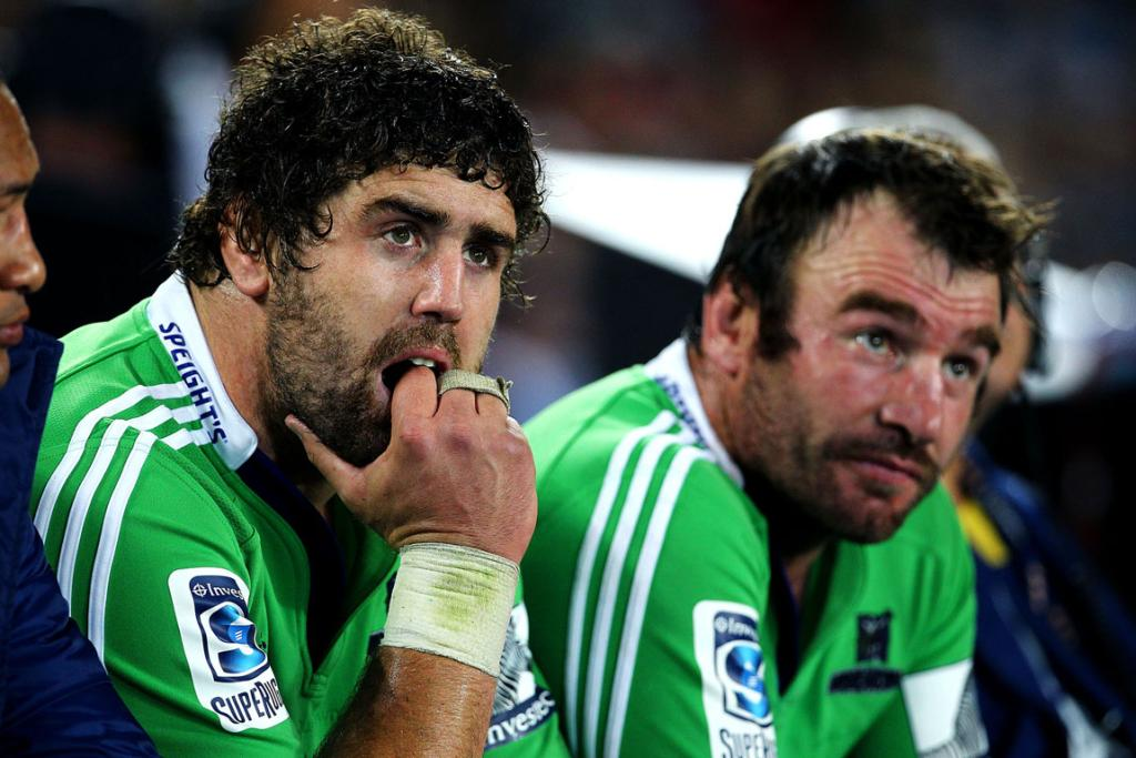 Jamie Mackintosh and Andrew Hore watch on as the Highlanders lose their sixth game on the trot.