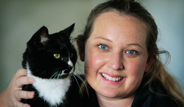 Frankie the Frankton cat with foster mum Jessica Watson.