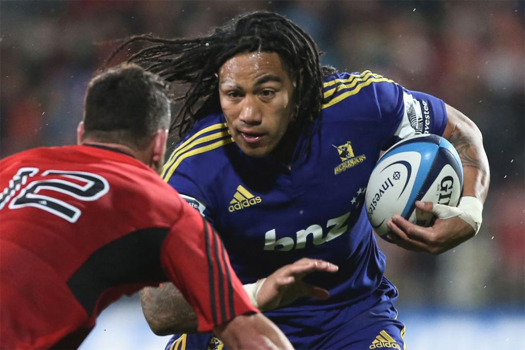 Ma'a Nonu charges ahead against the Crusaders.
