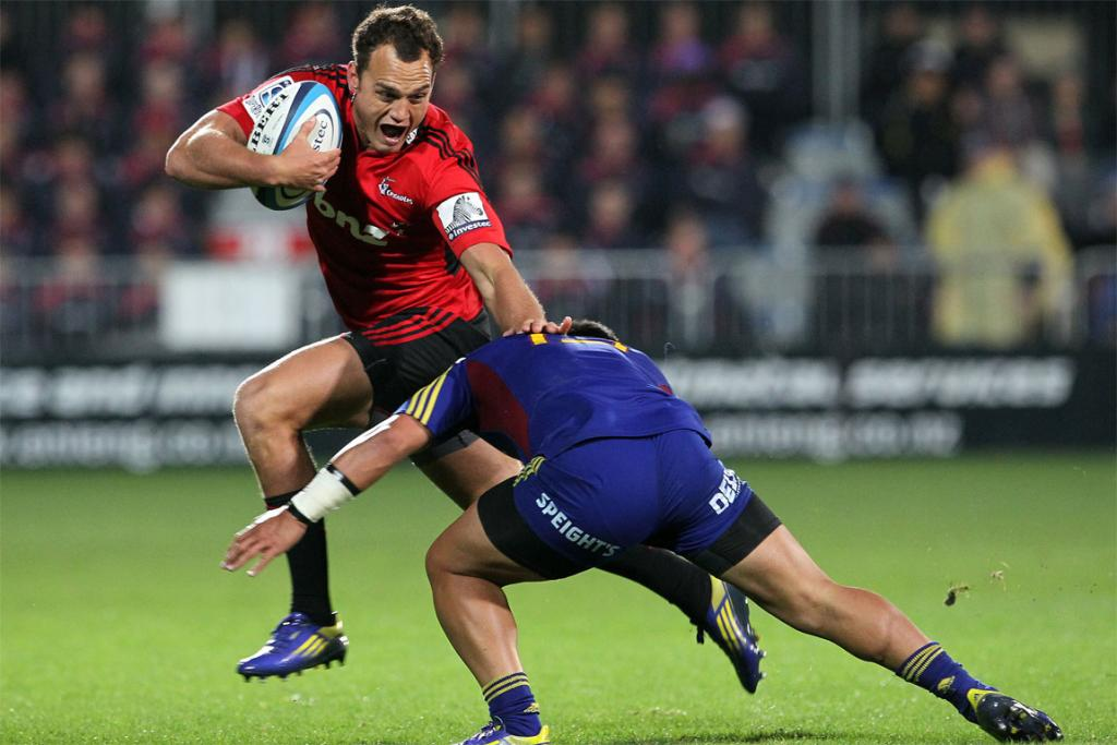 Israel Dagg tries to evade the tackle.