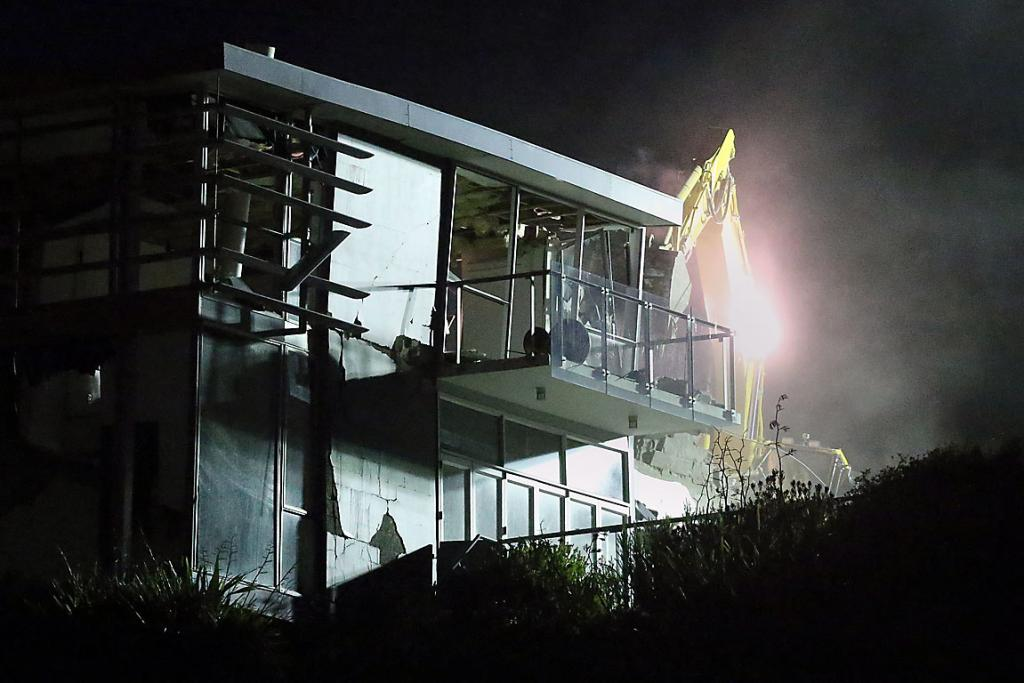 Redcliffs night-time demolition