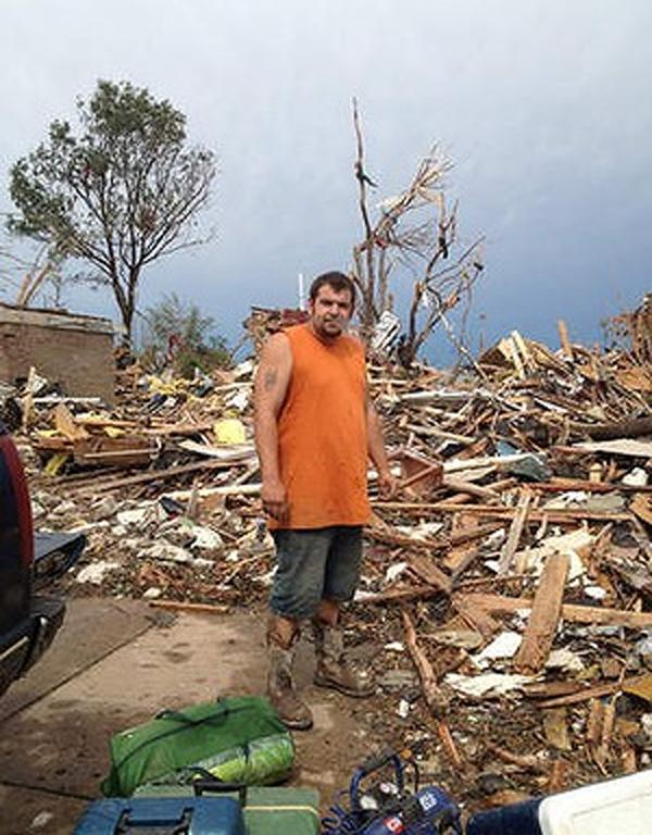 Neighbours united after tornado