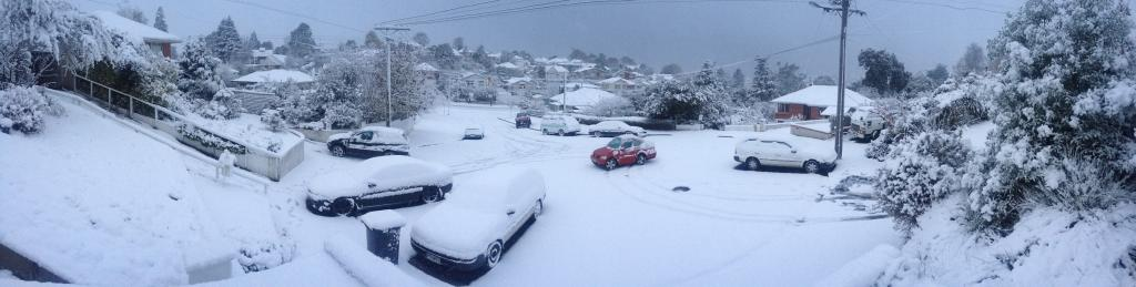 Christchurch Wakes To Snow Shake Stuff Co Nz