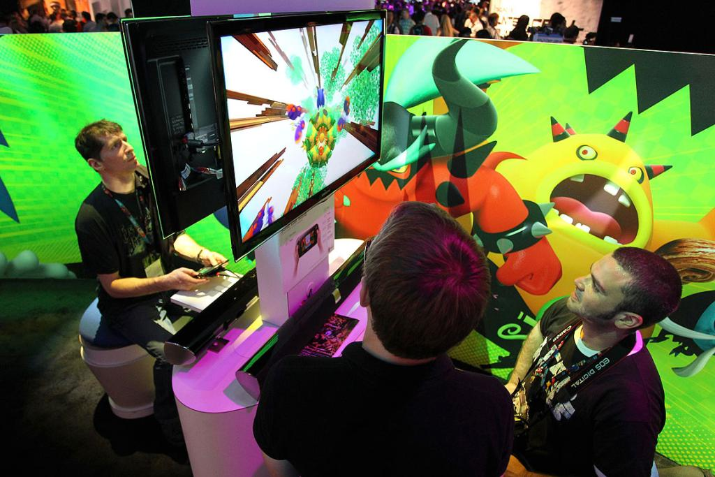 Gamers play Sonic Lost World at the Sega exhibit at E3.