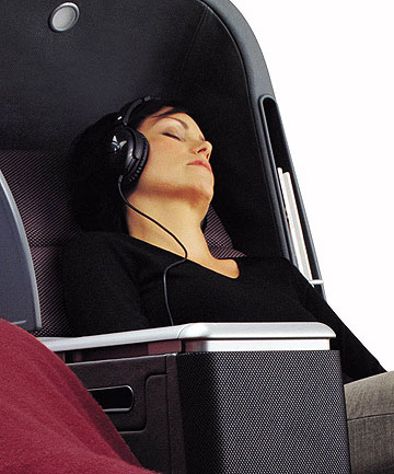 FEAR OF FLYING: What's the best soundtrack to calm anxious flyers?