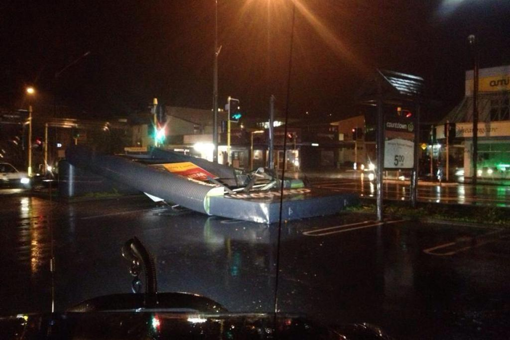 Damage to Countdown in Johnsonville.