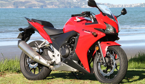 honda cbr 500 is cute compact and cuddly. Black Bedroom Furniture Sets. Home Design Ideas