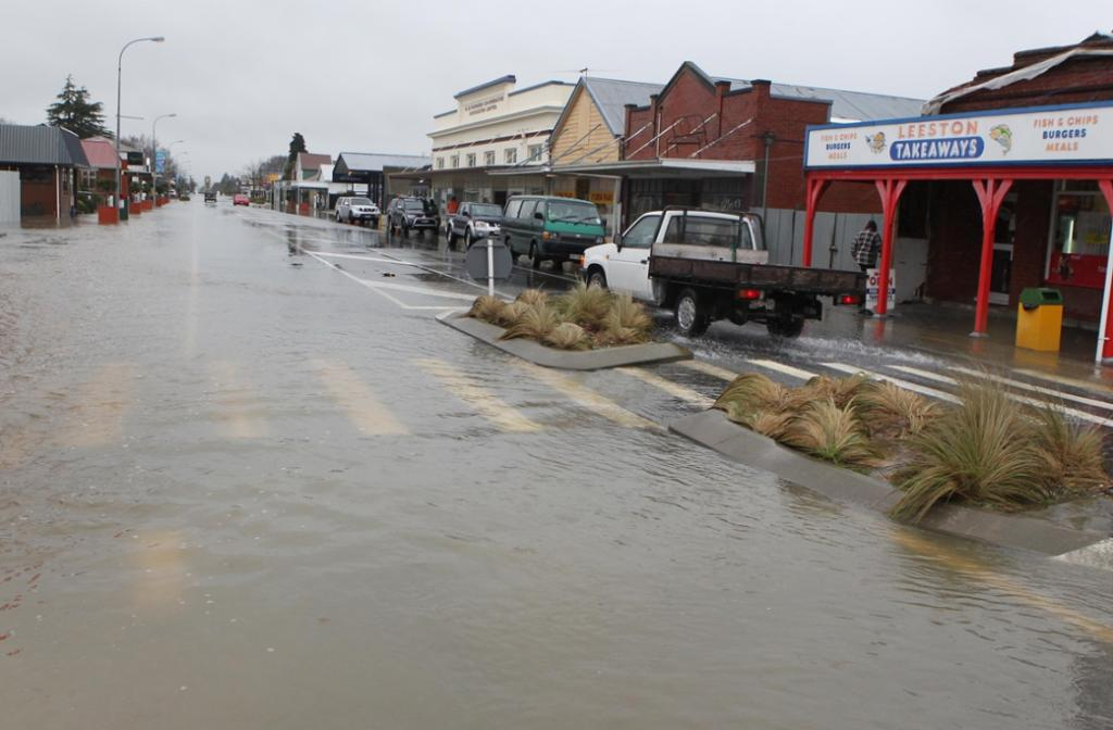 High St in Leeston was partially closed.